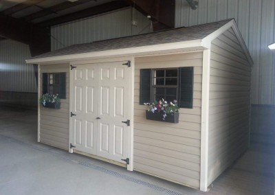 carriage house style shed Warsaw, NY