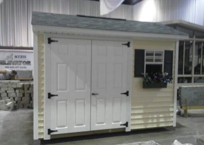 carriage house styled shed Perry, NY