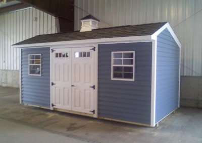 carriage house styled shed wny